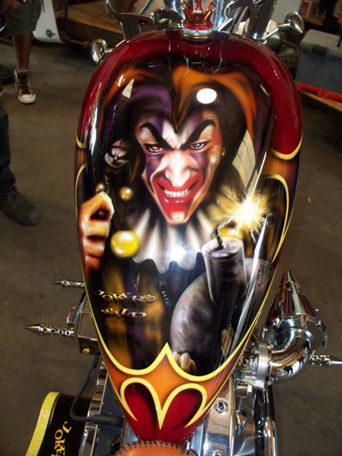 Custom Airbrushed Motorcycle Tank | Art In Motion